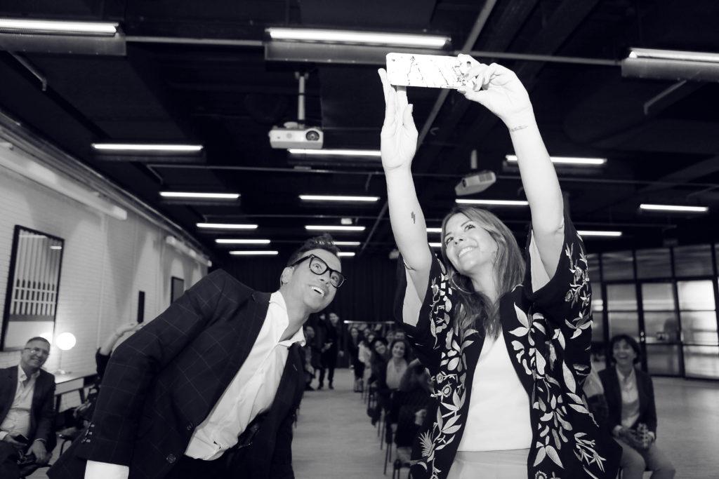 Trendy Taste y Luis Diaz, selfie